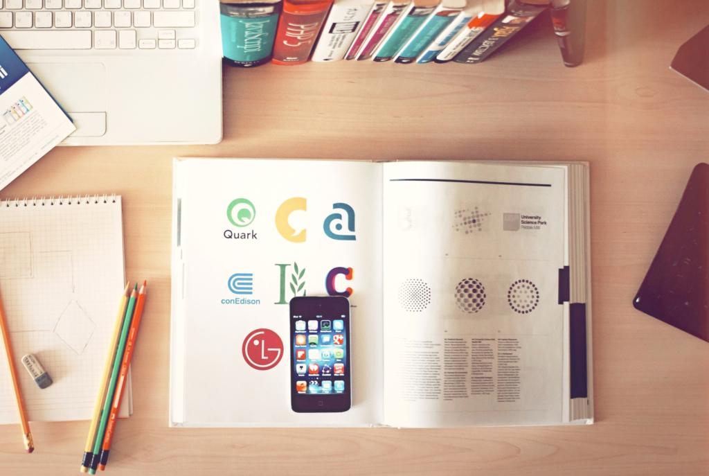 4colors-agence-design-graphique-le-logo