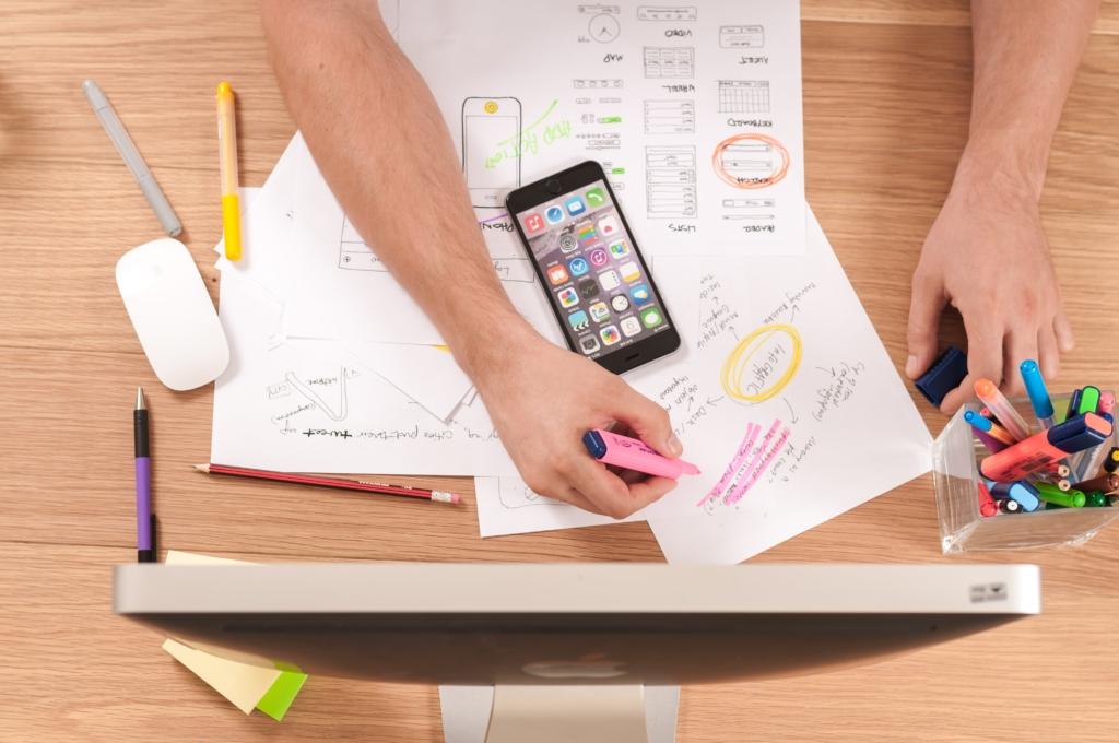 4colors-agence-design-graphique-travailler-l-image-de-marque