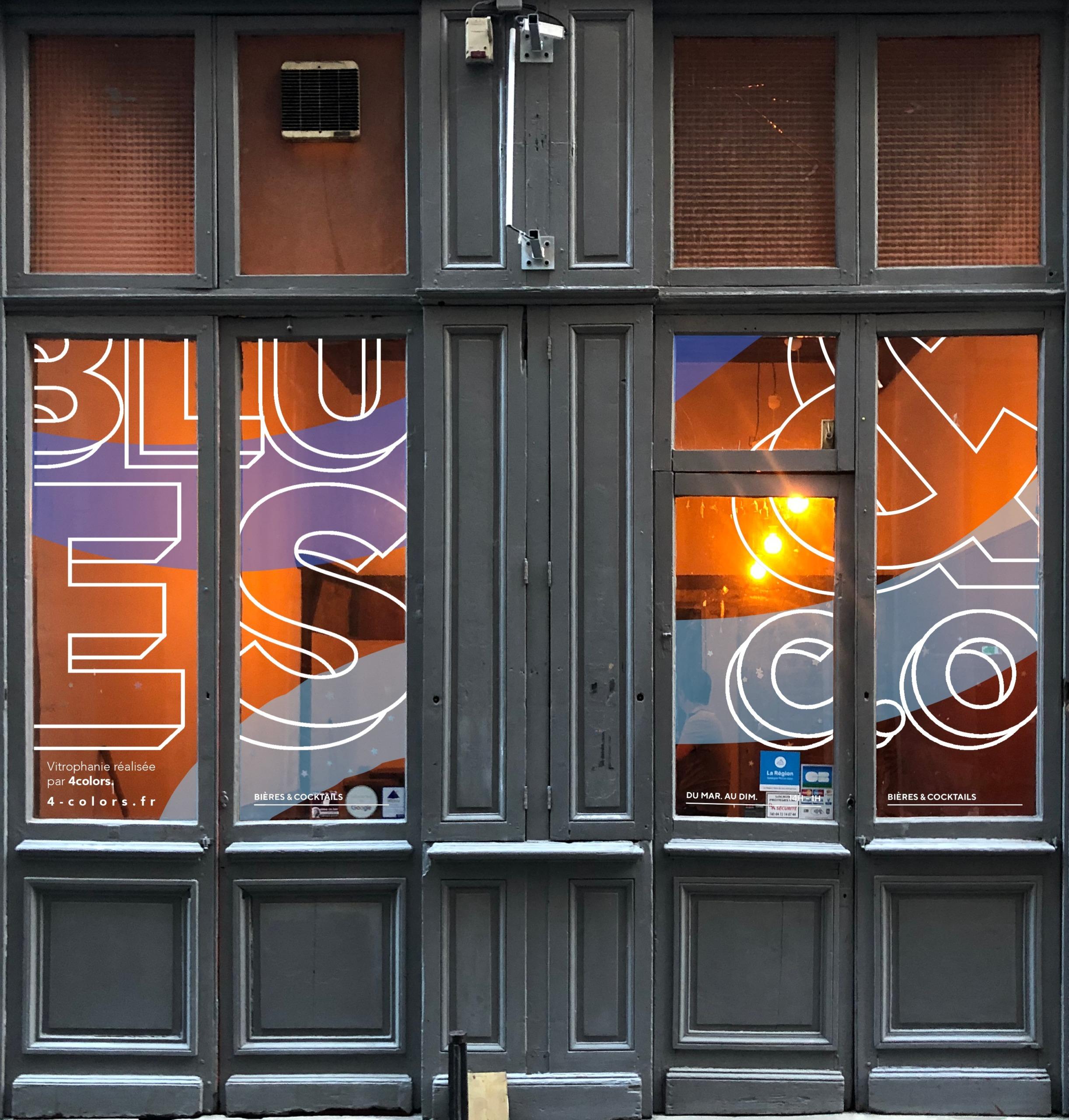 Adhésif vitrine café typographie
