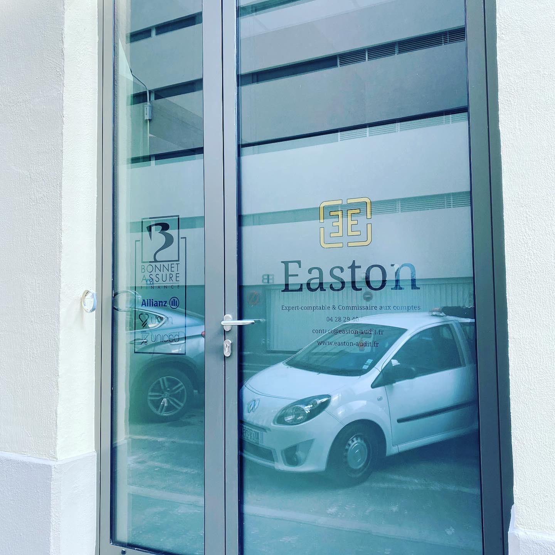Vitrophanie vitrine dépoli cabinet expert comptable Lyon