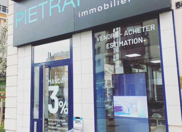 Vitrophanie vitrine de l'agence immobilière Pietrapolis Villeurbanne, Lyon