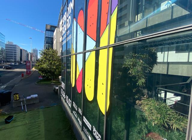 Vitrophanie facade d'immeuble pour Superposition Lyon