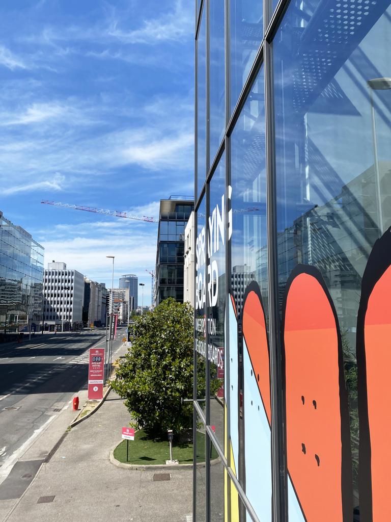 vitrophanie facade d'immeuble lyon details vitrine