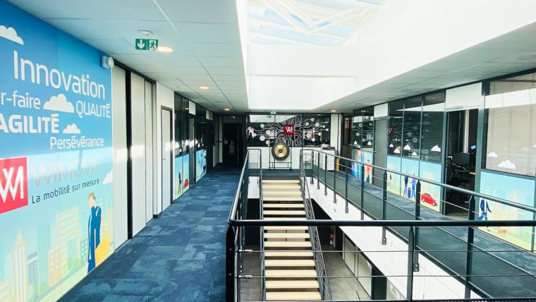 Vitrophanie et décoration d'intérieur des bureaux Wimova Lyon