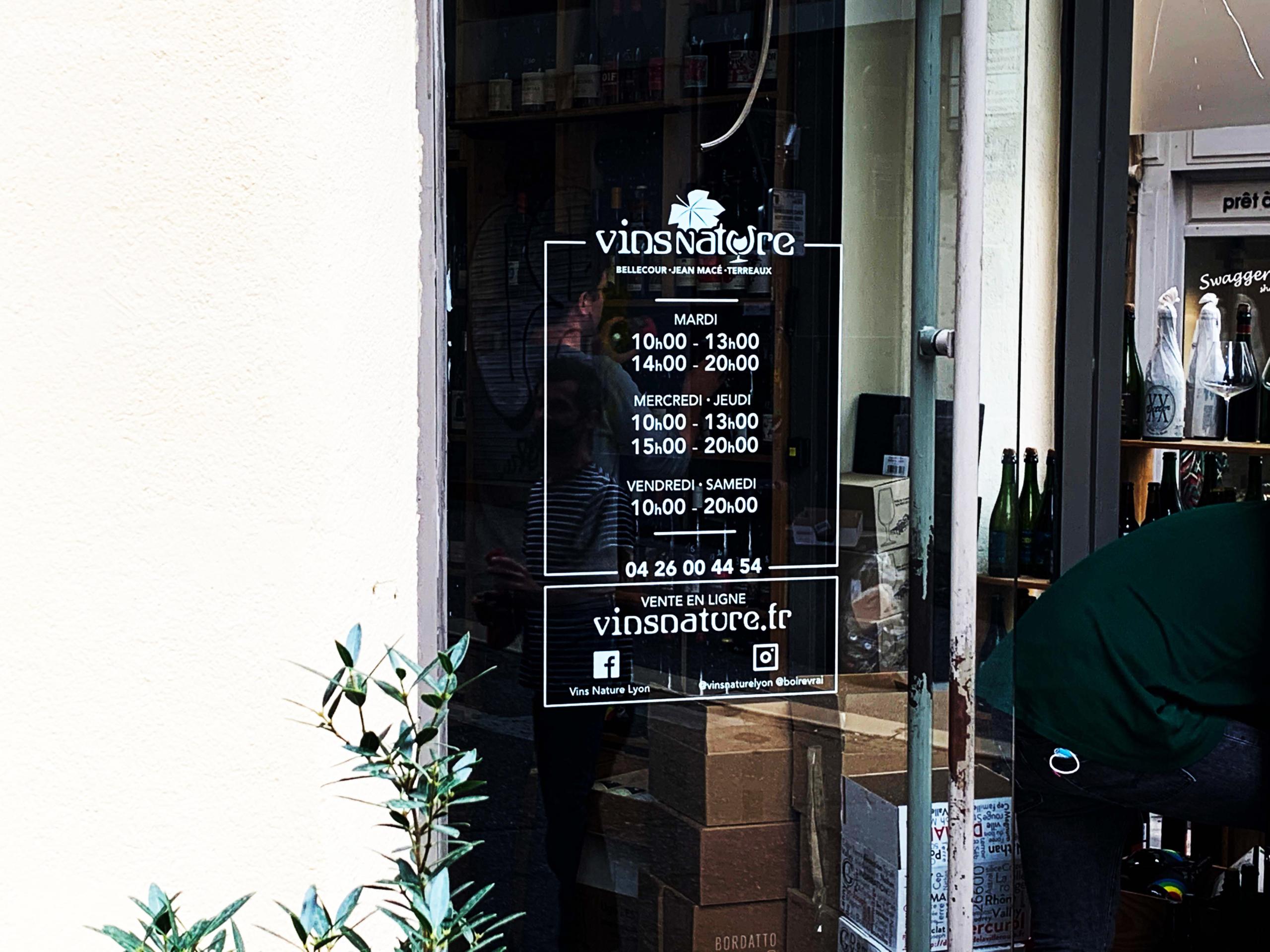 Vitrophanie horaires boutique Vins Nature Lyon
